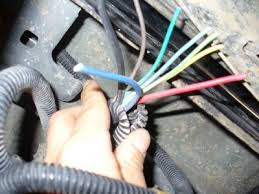 2006 chevy silverado hitch socket wiring electrical problem 2006 here are some pics of what i am looking at i am planning to slice the wires to the wires off this plug i hope this is helpful