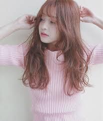 髪色は暗めピンクブラウンがハズせない優しい髪色を実現させよ