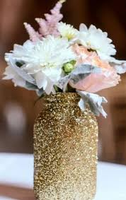 Table Decorations Using Mason Jars An easy way to decorate your room or anything you want using mason 41