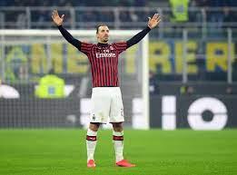 يتقدمهم إبراهيموفيتش.. أفضل 5 لاعبين في أوروبا حالياً أعمارهم فوق 35 عاماً
