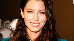 jessica biel has forged a retion of going out with little to no makeup she