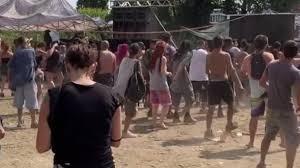 Rave party con 1.500 ragazzi sulle rive dell'Adda, polemica sul mancato  sgombero: