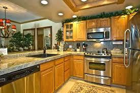 honey oak cabinets what color walls honey oak cabinets kitchen color ideas with honey oak cabinets honey oak cabinets what color