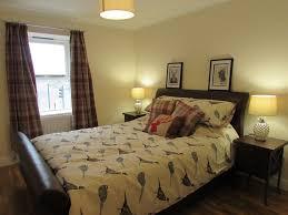 Schöne 1 Schlafzimmer Luxus Apartment In Der Nähe Von Stadt