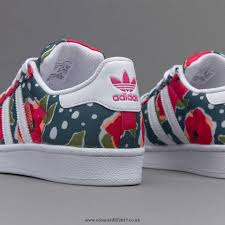 adidas girls. girls shoes - adidas originals junior superstar white / shock pink tech green
