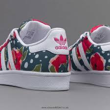 adidas girls. girls shoes - adidas originals junior superstar white / shock pink tech green