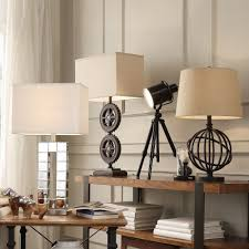 Improve your bedroom or reading spot with this convenient accent table lamp,  featuring a reliable metal frame for high resistance to wear and impact.
