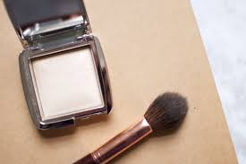 <b>Hourglass Ambient Light</b> Strobing Powders? Get In… – The Anna Edit