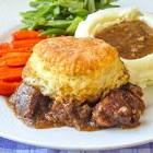 biscuit topped steak pie