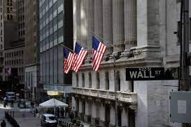Dow Jones plummets amid fears over ...