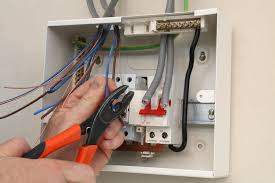 why circuit breakers trip and fuses blow why do fuses blow in an electrical box
