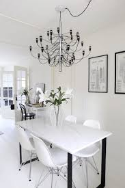 Chandeliers For Kitchen Tables 25 Best Ideas About Marble Dining Tables On Pinterest Dining