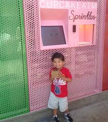 Cupcake Vending Machine Franchise Magnificent Cupcake ATM Sprinkles