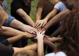 6 Benefits of Volunteerism for Your Finance Team   Robert Half