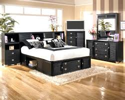 25 Cool Bedroom Designs To Dream About At Night Uniqe Bedrooms ...