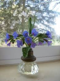 vase made from old an old door