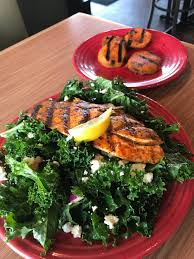 Discover our best healthy recipes, including breakfasts, lunches, dinners and snacks. Eating For Volume Eat Big Ol Plates Of Food Still Lose Weight Alexmaclin Com