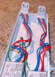 i have found the best cheap flourescent ballast fixture the next two are of the side where you combine the blues and reds