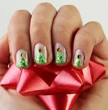 10 Cool Nail Arts for Christmas