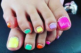 Cute Pedicure Designs 31 Easy Pedicure Designs For Spring Stayglam Beauty Cute