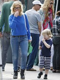 Amy Poehler Birth Plan Amy Poehler Has A Break From The Glamour And Goes Make Up Free As