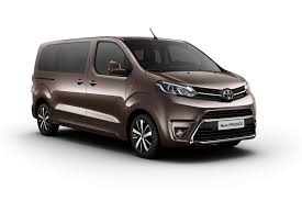 The Toyota Proace, Peugeot Traveller and Citroen Spacetourer van ...
