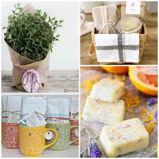 simple creative diy gift ideas at thehappyhousie com