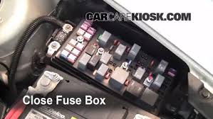 replace a fuse 2008 2012 chevrolet bu 2009 chevrolet bu 6 replace cover secure the cover and test component