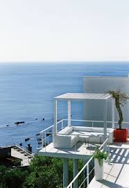 Home Designs: Sea Facing Homes - House With Ocean View