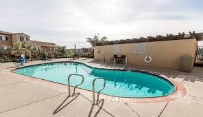 outdoor pool hotel bar