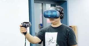 Trên tay kính thực tế ảo HTC Vive Cosmos mới ra mắt