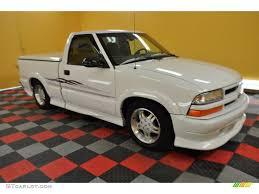 1999 Summit White Chevrolet S10 LS Regular Cab #30936030 ...