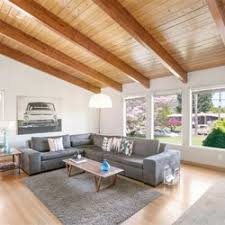 Amanda Haworth Living Room Realty 10 s Real Estate