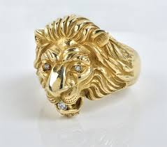the lion head ring is in excellent condition overall