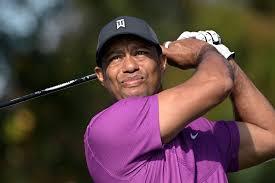 Live updates: Tiger Woods injured in car crash