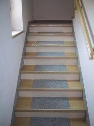 Dieser frage ging ein reiseportal nach. Teppich Auf Treppe Verlegen Ist Ein Kinderpiel Mit Den Renoprofil Treppenprofilen