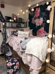 smart dorm room decorating ideas dorm