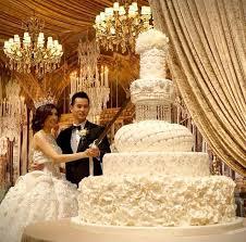 beautiful wedding cake. top 13 most beautiful huge wedding cakes cake