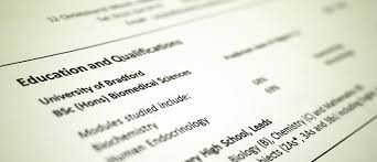 Is It Better To Have A Traditional Resume Or A Modern Resume For Noncreative Jobs Cvs Applying For Jobs University Of Bradford