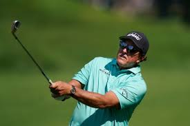 Phil Mickelson changes course on ...