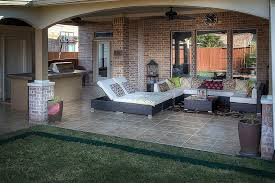 traditional porch with outdoor kitchen and covered patio i g m frames kitchens