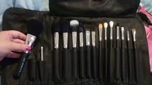 sigma makeup professional premium brush kitthis brush