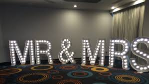 Mr And Mrs Light Up Sign Hire Light Up Letters For Hire Wedding Letter Hir