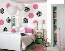 Beautiful Wall Decor in Kids Rooms