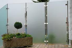 Sichtschutz Aus Glas F R Terrasse Ck82 Hitoiro