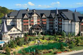 The Inn at Christmas Place (Pigeon Forge, TN) 2017 Hotel Review ...