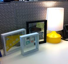 Ways To Decorate Your Cubicle How To Make Your Cubicle Cute The Daily Glamourista
