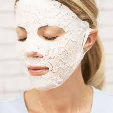 lace your face mask by dermovia