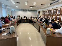 NOVO DECRETO: bares e restaurantes só poderão aceitar clientes até  meia-noite em João Pessoa, diz MP após reunião com prefeitura - Polêmica  Paraíba - Polêmica Paraíba