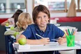 Risultati immagini per piccol scolari in aula